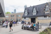 Kampus soukromé střední školy Branksome Hall, Toronto, Ontario, Kanada