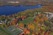Kampus střední soukromé školy Lakefield College School v Ontariu, Kanada