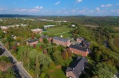 Kampus soukromé střední školy Stanstead College, Stanstead, Québec, Kanada