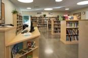 Knihovna, která je studentům plně k dispozici, Britská Kolumbie, Kanada