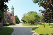 Soukromá střední škola Trinity College School v Port Hope, Ontario, Kanada