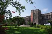 Střední soukromá škola v Torontu, The Bishop Strachan School, Ontario, Kanada