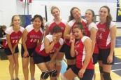 Holčičí sportovní tým střední soukromé školy Rosseau Lake College, Rosseau, Ontario, Kanada
