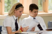 Studenti střední soukromé školy Rosseau Lake College, Rosseau, Ontario, Kanada