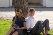 Studium na střední soukromé škole  Lakefield College School v Ontariu v Kanadě je na výborné akademické úrovni