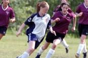 Holky hrají fotbal