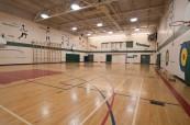 Tělocvična střední soukromé školy St.John's-Ravenscourt ve Winnipegu v Manitobě, Kanada